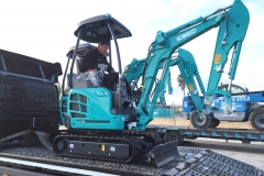 Descarga mini kobelco 9